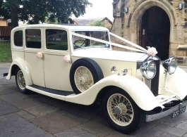 Vintage Rolls Royce for weddings in Leeds